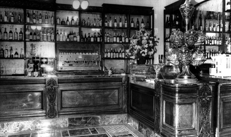 2-caffe-storico-roma-piazza-del-popolo-bar-rosati